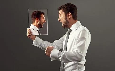 我们在职场中如何缓解自己的负面情绪?下面这几个方法会让你摆脱压力