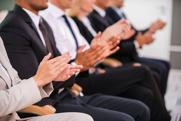 到底如何才能顺利通过岗位晋升面试呢?